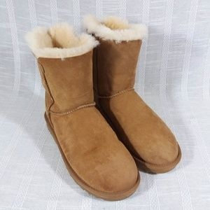 Suede Faux Shearling Winter Boots Size 6 Chestnut